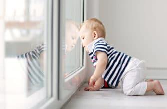 как уберечь детей от открытых окон