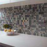 Отделочные материалы, для отделки стен внутри дома: мозайка